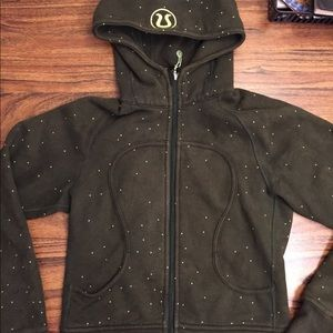 Lulu full zip jacket no tags size S